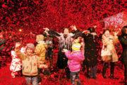 """述评:春节,吹向世界的""""中国风"""""""